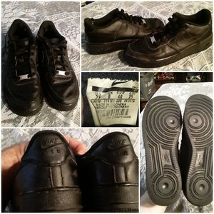 Nike Air Force One Unisex Size 7.5 Black Shoes